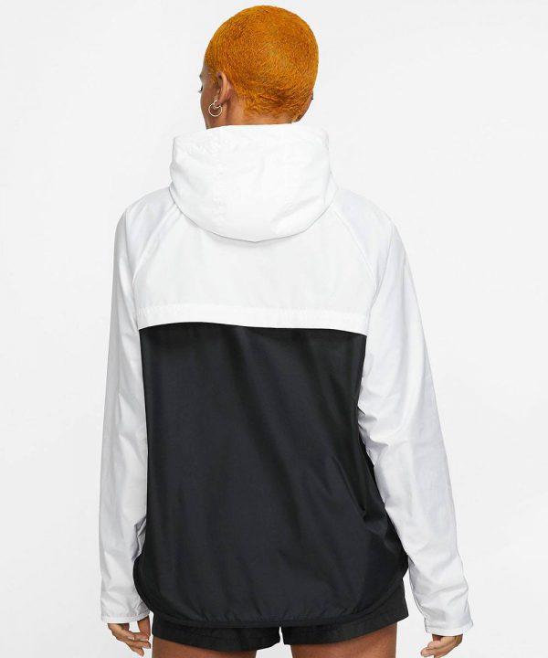 Sportswear-Windrunner-2